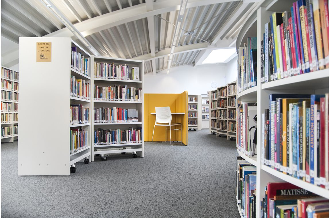 Haberdashers' Aske's Girls' School, Hertfordshire, United Kingdom - School libraries