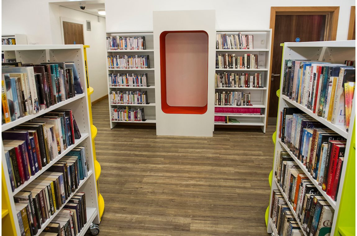 Denny Public Library, United Kingdom - Public libraries