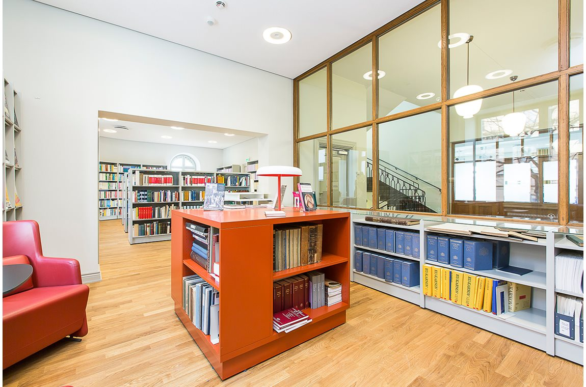 Land and Environment Court in Stockholm, Sweden - Public libraries