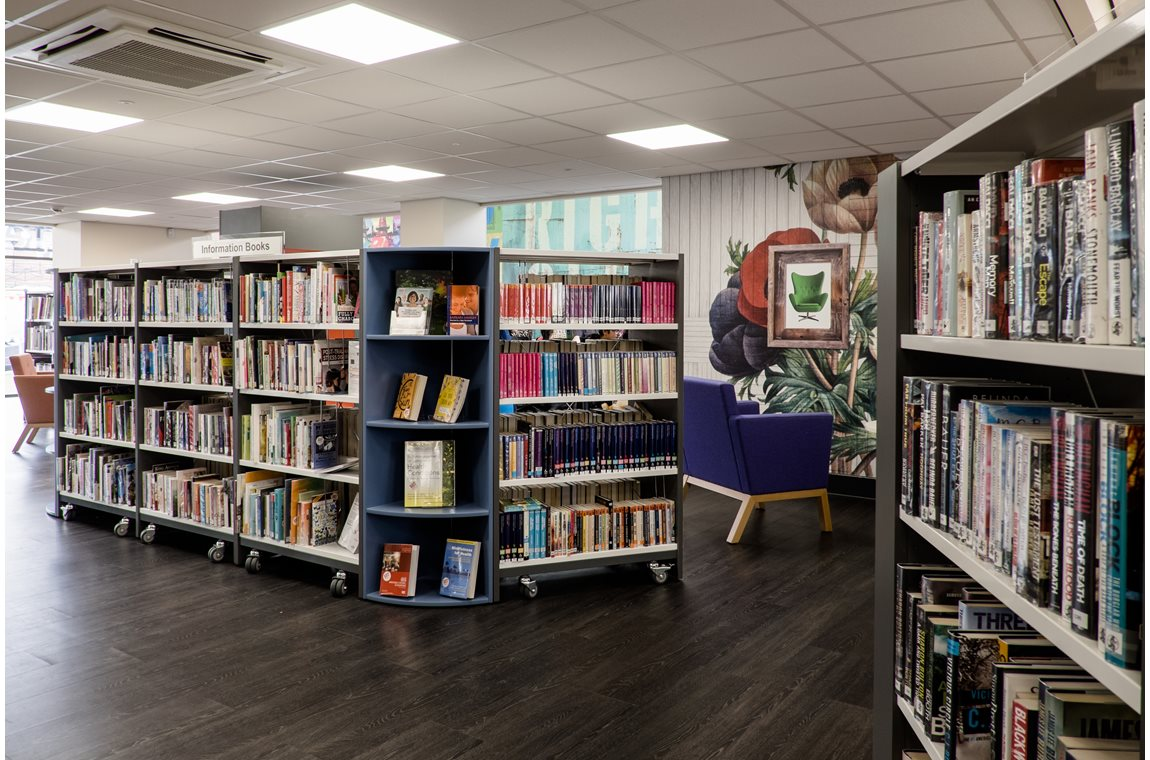 The Dales Centre, Nottingham, UK - Public libraries
