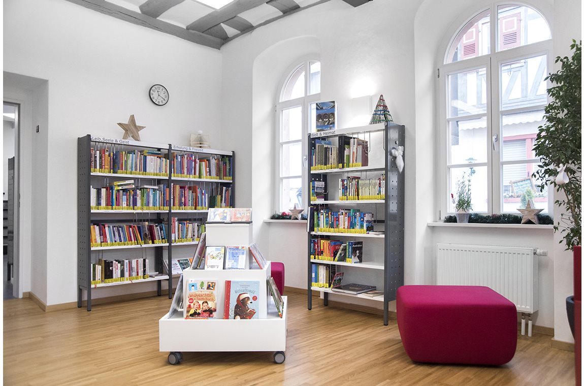 Zwingenberg Public Library, Germany - Public libraries